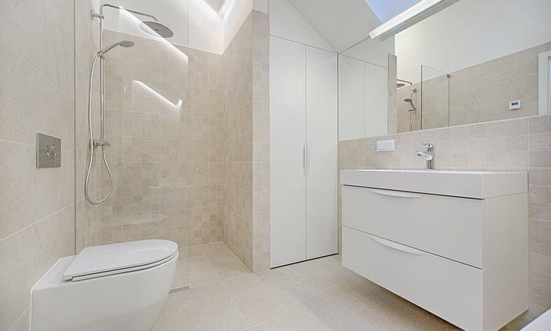Svajonių vonios kambario įrengimas. Profesionalų patarimai